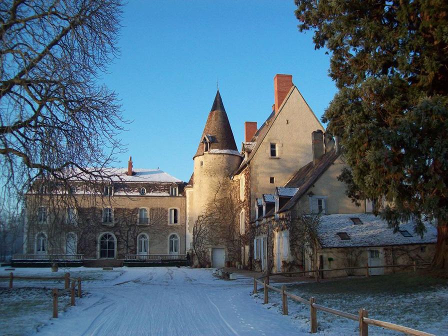 Chateau-Le-Plessis-36330-Velles-exterieur-hiver