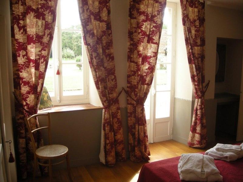 Chateau-Le-Plessis-36330-Velles-le-sequoia-Chambre-3