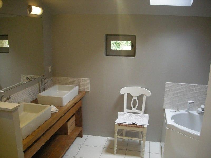 Chateau-Le-Plessis-36330-Velles-le-sequoia-Salle-de-bain-2